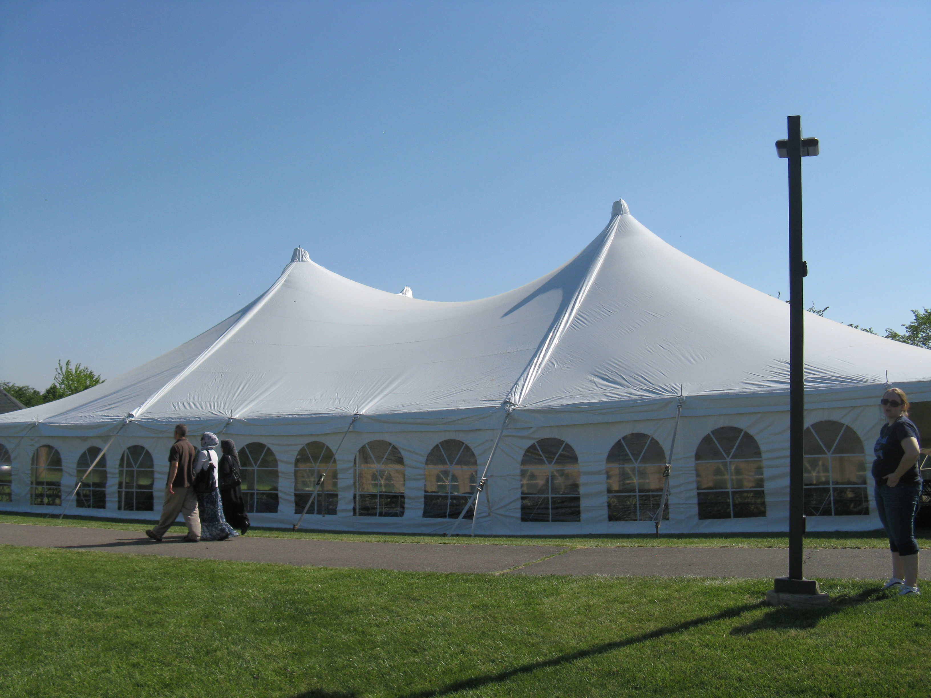 & 60 x 90 Pole Tent